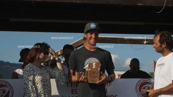 Concluso europeo kitesurf a Gizzeria, campione il croato Dolenc