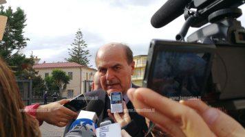 """Lamezia, Bersani: """"In Calabria i problemi sono doppi, bisogna sconfiggere la precarietà"""""""