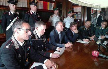 Operazione congiunta carabinieri e GdF contro spaccio di droga in Calabria, 13 indagati