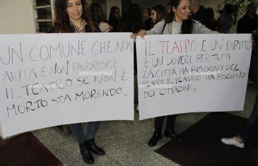 """Lamezia, Consulta associazioni incontra Alecci su chiusura Teatri: """"Non accettiamo disparità, presenteremo esposto"""""""