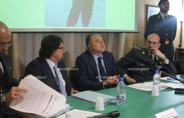 """Gratteri: """"Arresto siriano in Calabria è prova oggettiva di interesse terrorismo su tratta immigrati"""""""