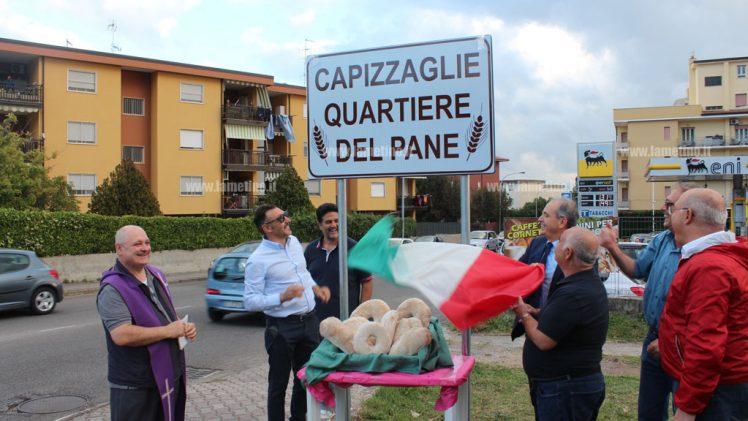 """Lamezia: Capizzaglie diventa ufficialmente """"quartiere del pane"""", scoperte le due targhe"""