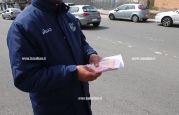 Lamezia: piccola ricompensa per disoccupato che distribuisce schedine SuperEnalotto