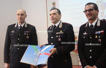 Presentato Calendario Storico 2017 dell'Arma dei Carabinieri a Catanzaro