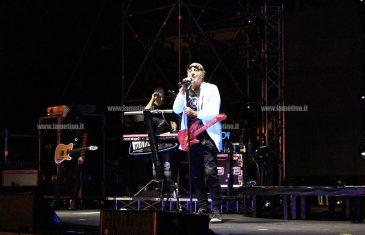 """Lamezia: Luca Carboni porta il suo """"Pop-up tour"""" in piazza 5 dicembre"""
