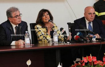 """Lamezia, Casellati: """"In Calabria non emergenza ma pericolo costante, ora basta"""""""