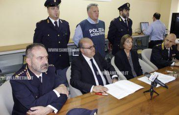 """Lamezia, operazione Tifo Selvaggio: """"Azione barbarica contro professore disabile rimasto chiuso in auto con fumogeno"""""""