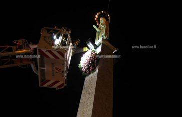 Il tradizionale omaggio floreale alla Madonnina di piazza Ardito