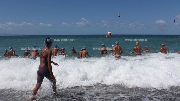 """Lamezia: il mare mosso non ha scoraggiato la seconda edizione del """"Miglio marino"""""""