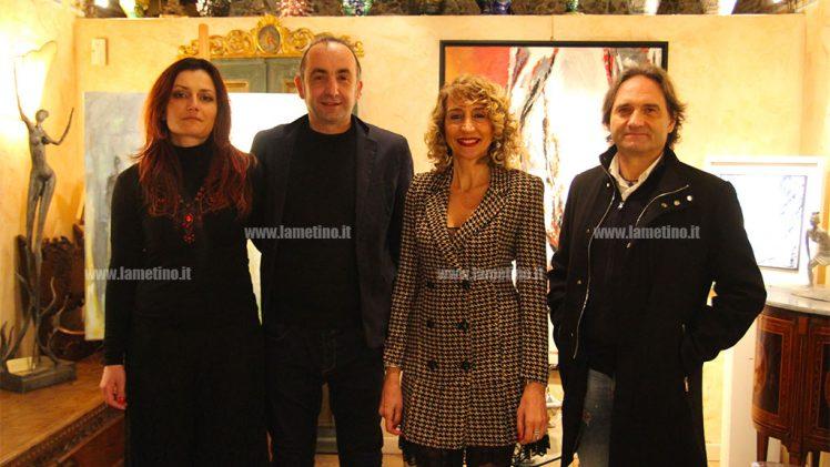"""Lamezia, inaugurata mostra di Giorgio Alluzzi: """"L'artista del sensorialismo materico"""""""