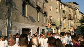 Migliaia di pellegrini a Conflenti nel giorno della festa per la Madonna della Quercia
