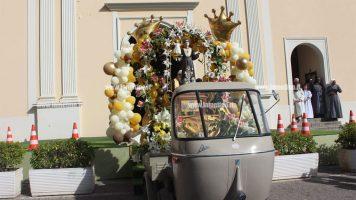 Lamezia, il vespa e moto raduno in onore di Sant'Antonio