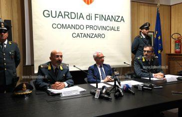 """Operazione """"E' dovere"""": indagate dirigente Regione e imprenditrice turistica per corruzione"""