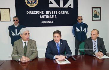 Sigilli a beni per oltre 15 milioni di euro a due imprenditori del crotonese, sequestrate anche aziende a Lamezia