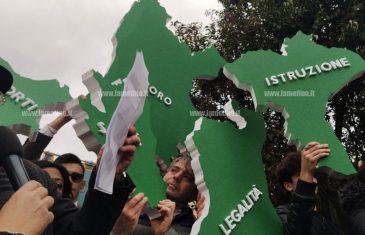 La piazza invoca legalità e giustizia in nome di Gratteri: manifestazione a Catanzaro