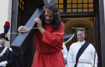 """Lamezia, la tradizionale e suggestiva processione dei """"Mistiari"""""""