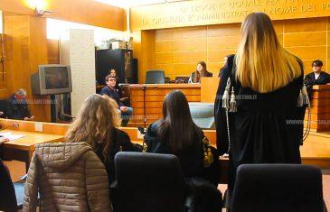 """Lamezia, al Tribunale studenti mettono in scena un processo: """"Obiettivo è formare e sensibilizzare i ragazzi"""""""